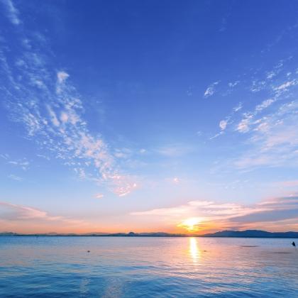 滋賀県 朝の琵琶湖